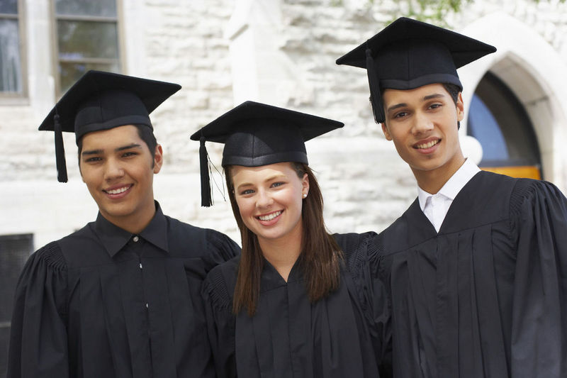 graduates36108327.jpg