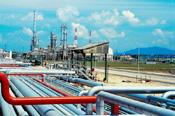 oilrefinery34878670.jpg